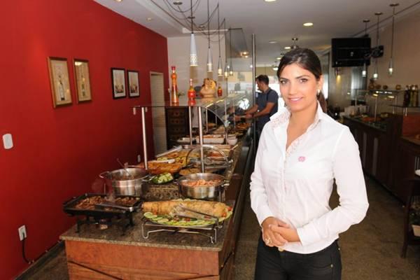 Aline Batista (proprietária) do Restaurante Casa Velha do Núcleo Bandeirante ( Carlos Moura/CB/D.A Press)