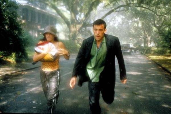 Cena do filme Forças do destino com Sandra Bullock e Ben Affleck (DreamWorks/Divulgação)