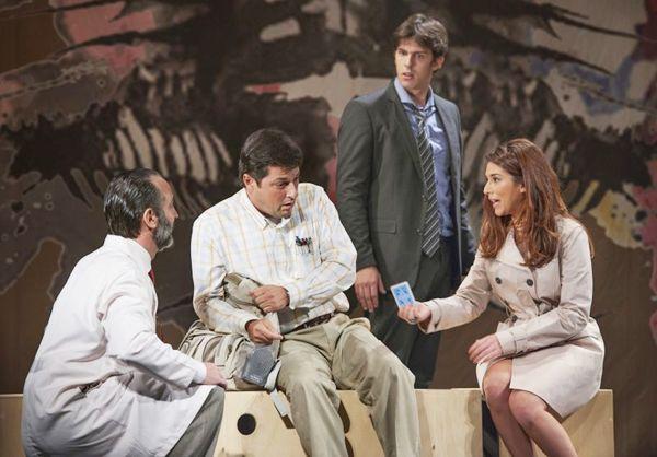Marcelo Serrado, Rafael Infante e Fernanda Paes Leme, o trio de protagonistas: montagem estreou  em abril (Priscila Prade/Divulgação)