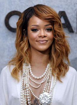 Esta não é a primeira vez que Rihanna se mete em confusões com fãs (AFP PHOTO/FRANCOIS GUILLOT )