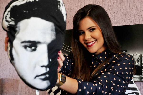 A publicitária Juliana Argôlo aprendeu a gostar de Elvis com o pai (Antonio Cunha/Esp. CB/D.A Press)