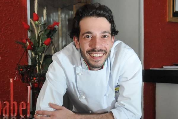 O chef Diego Koppe reabriu o restaurante para almoço e oferece menu executivo (Marcelo Ferreira/CB/D.A Press)