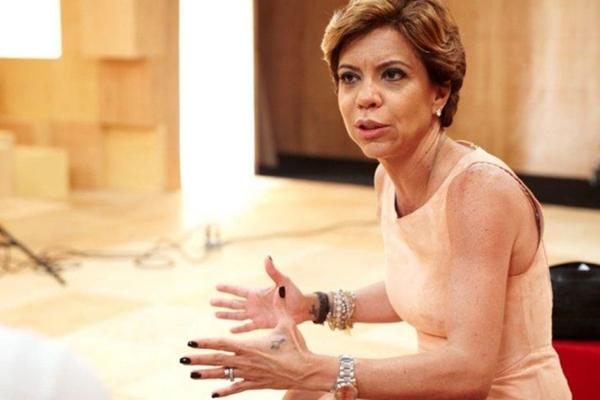 A jornalista Astrid Fontenelle faz parte da equipe que comanda o Saia Justa  (Marcia Alves/Divulgação)