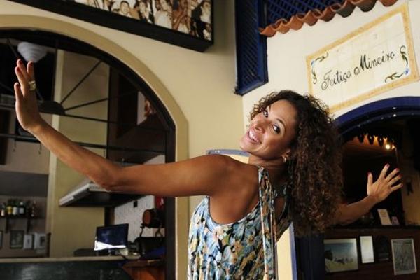 Renata mistura diversão com trabalho e aproveita o fim de semana fazendo o que gosta  (Tina Coelho/Esp. CB/D.A Press)