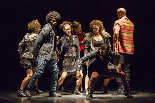 Oito bailarinos integram a trupe que se apresenta na cidade (Marco Aurelio Prates/Divulgação)