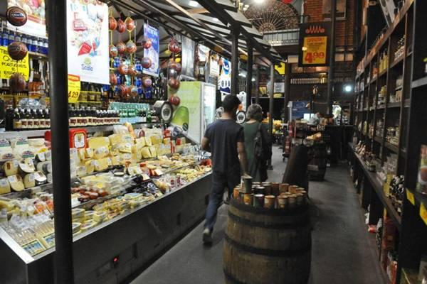 Mercado Municipal começou a ser construído em 2005 ( Breno Fortes/CB/D.A Press)