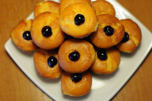 A casa La Boulangerie mantém forma tradicional de preparo de muffins de cereja (Bruno Peres/CB/D.A Press)