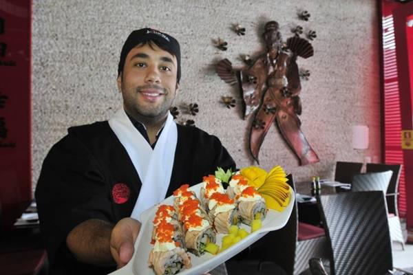 Pedro Emílio Barbosa inaugurou um restaurante japonês recentemente em Vicente Pires: festival com 60 itens (Ed Alves/CB/D.A Press)