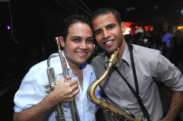 A banda Sonora Tropicante agita o público no local (Luis Xavier de França/Esp. CB/D.A Press)