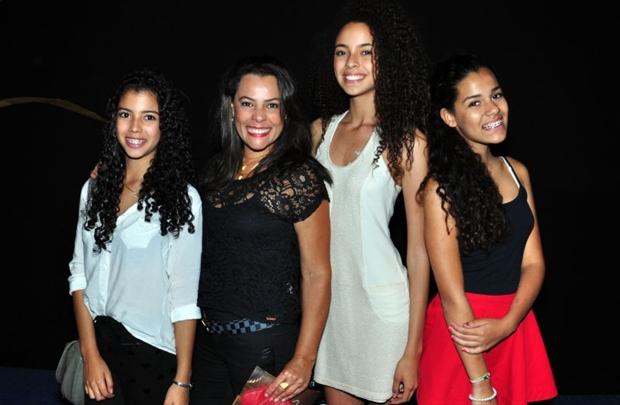 Clara Oliveira, Ana Carolline Torres, Cleide Oliveira e Cecília Oliveira (Paula Rafiza/Esp. CB/D.A Press)