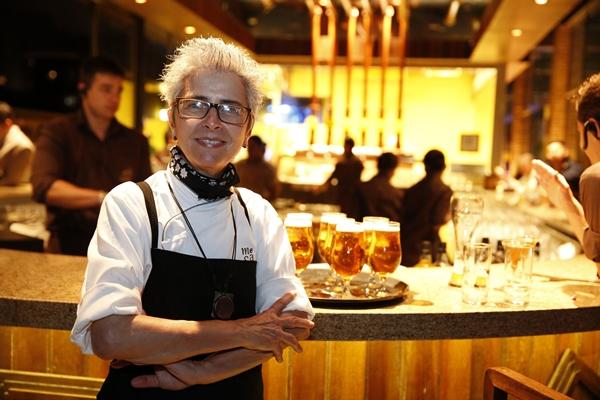 Com base na experiência de 20 anos, a chef Ana Soares elegeu os pratos que mais combinam com a bebida imperial  ( Felipe Panfili/Agnews/Divulgação)