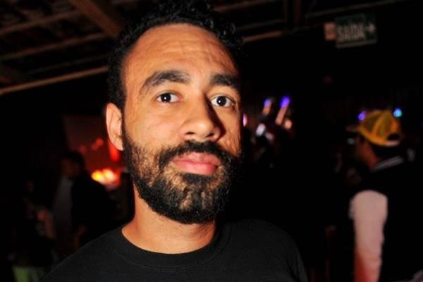 O DJ Tonny Rocks está escalado para comandar a festa ( Luis Xavier de França/Esp. CB/D.A Press)