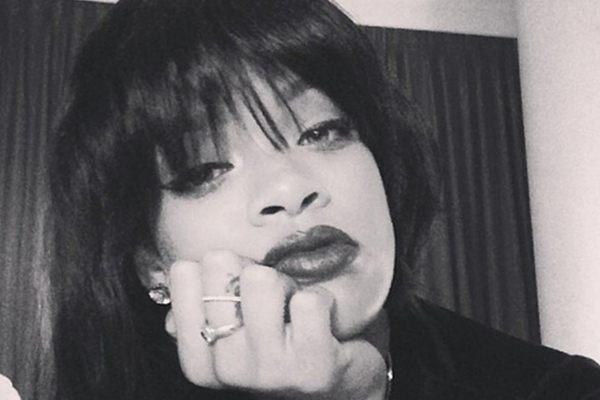 Rihanna aparece em rede social com o cabelo curto (Reprodução/Instagram)