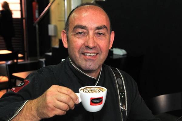 O barista Antonello Monardo acredita que os consumidores andam mais exigentes (Marcelo Ferreira/CB/D.A Press)