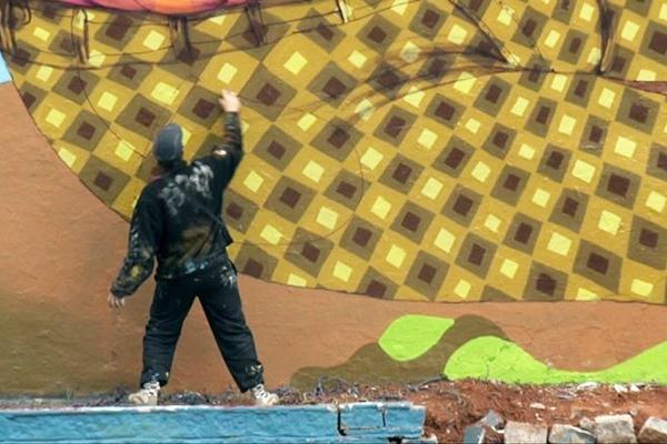 Grafites em muros de São Paulo motivaram a criação do documentário (Clandacriaçao/Reprodução)