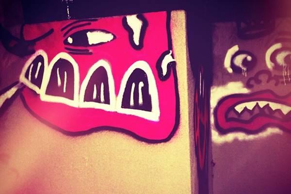 O cantor canadense é declarou nas redes sociais que o grafite é 'um novo hobby' (Reprodução/Facebook@justinbieber)