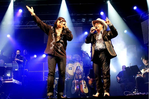 A dupla Milionário e José Rico segue com vários sucessos e mais de 40 anos de carreira   (Fabio Nunes Cian/Divulgação)