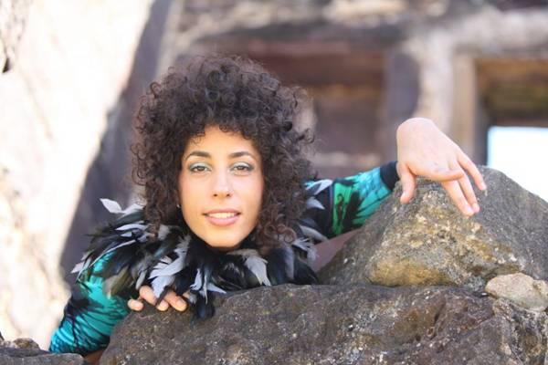 A cantora se apresenta no projeto Palco Criolina  (Virginia de Medeiros/Divulgação)