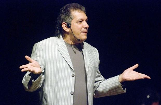 Há cerca de uma década e meia, Godinho vem ouvindo depoimentos de compositores sobre suas criações musicais (Valéria Carvalho/Divulgação)