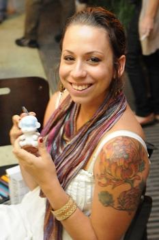 Nina Coimbra é artista plástica e adora os programas culturais da cidade  (Edílson Rodrigues/CB/D.A Press)