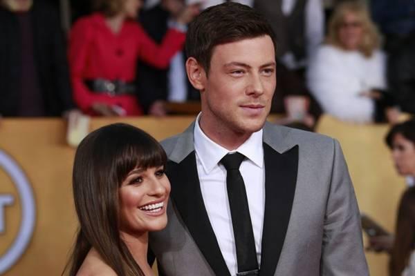 Lea Michele e Cory Monteith começaram o namoro durante as gravações do seriado Glee (Adrees Latif/Files/Reuters)