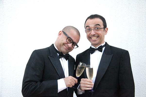 Welder Pipo e Ricardo Pipo comandam o projeto que é apresentado mensalmente no Teatro da Caixa (Adla Marques/Divulgação)