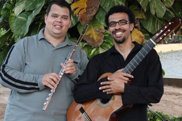 Fernando César (D) e Sérgio Morais puxam a roda no Vila Madá (Arquivo Pessoal)