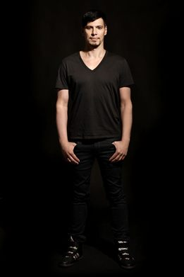 Thomas Gold promete clássicos do eletrônico e faixas inéditas ( Thomas Gold/Divulgação)