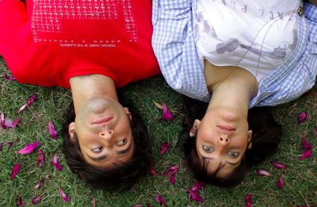 Guilherme (Rodrigo Pandolfo) e Clara (Clarice Falcão): relacionamento com marcas de Woody Allen (Vitrine Filmes/Divulgação)