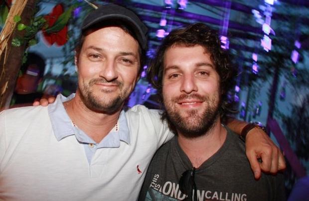O ator Marcelo Serrado e o cantor Rodrigo Lampreia, da banda Os Benditos (Lula Lopes/Esp. CB/D.A Press)