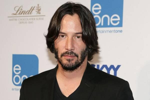 No novo trabalho, Reeves interpreta Kai, um mestiço deserdado dos samurais ( Jemal Countess/Getty Images/AFP)