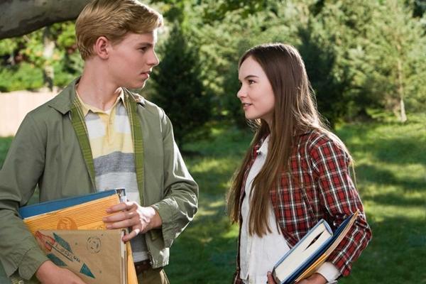 O filme conta a história de amor entre Juli e Bryce (Warner Bros/ Divulgação)