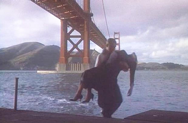 Cena de Um corpo que cai: filme eternizou pontos de São Francisco, como a ponte Golden Gate (Universal Pictures/Divulgação)