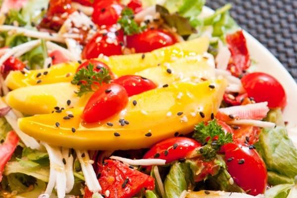 O Só Saúde investe em saladas gourmets: ideais para uma dieta de desintoxicação (Zé Filho/Divulgação)