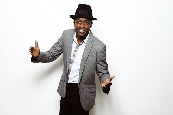 O cantor de samba, Mumuzinho se apresentará em 18 de janeiro, na AABB (Guto Costa/Divulgação)
