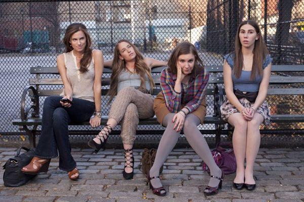 As personagens de Girls: a terceira temporada da série, que estreia em 12 de janeiro, traz mais dilemas amorosos para turbinar a audiência (Divulgação/HBO)
