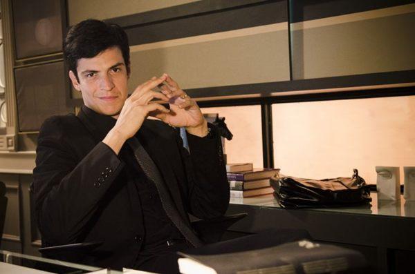 Félix, personagem de Mateus Solano, na novela Amor à vida (Raphael Dias/TV Globo)