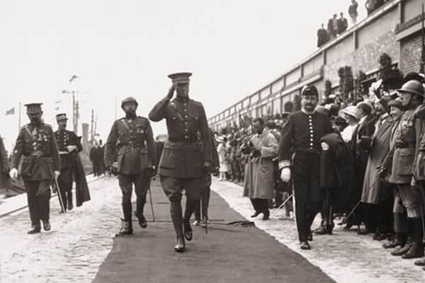 A mostra reúne registros da visita de reis Belgas ao Brasil durante diferentes períodos do século XX (Divulgação)