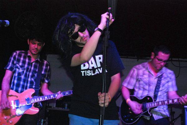 Banda New York City Cops, que faz cover do grupo The Strokes.  (Pedro Camargo/Divulgação)