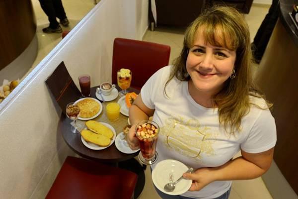 Marina Rezende e a mesa de café da manhã do Fran%u2019s %u2014 combos animam de baladeiros a famílias  (Gustavo Moreno/CB/D.A Press)
