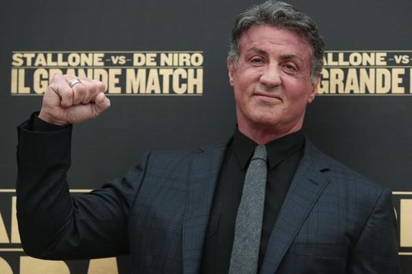 Stallone é o veterano boxeador Sharp: ele quer lutar contra o rival de mesma idade (Tony Gentile/Divulgação)