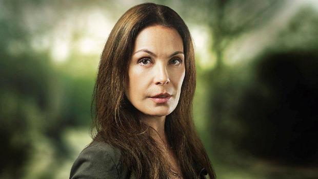 Carolina Ferraz, experiente em personagens malvadas, é vilã de 'Além do horizonte' (TV Globo/ Divulgação )