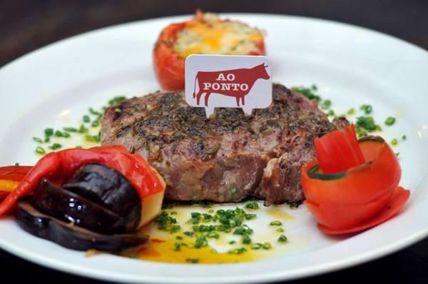 Bife de ancho é um dos cortes argentinos oferecidos no Carpe Diem La Parrilla (Breno Fortes/CB/D.A Press)
