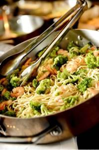 Massa com camarão e brócolis é exclusividade de quem vai ao shopping (Tadeu Brunelli/Divulgação)