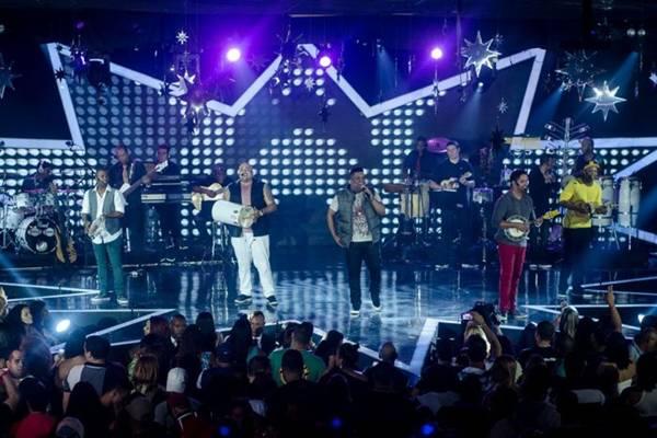 O grupo se apresenta pela primeira vez na cidade (Mariana Oliver/Divulgação)