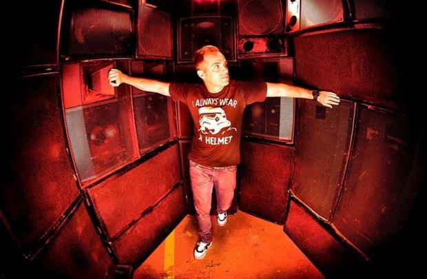 O DJ está em turnê desde o último dia 10 no Brasil (Era Producciones/Divulgação)