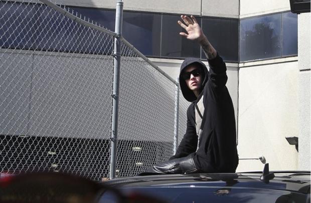 Bieber deixou a prisão após pagar fiança (REUTERS/CW Griffin/Miami Herald)