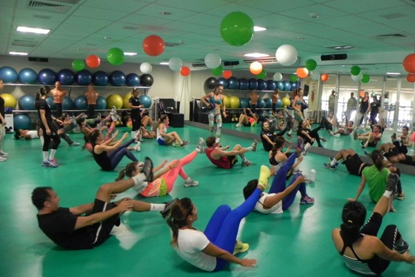 Modalidade 20-minute workout junta a ginga da capoeira com a ginástica localizada  (Emmanuel Oliveira/Divulgação)