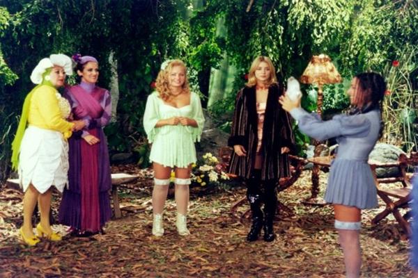 Angélica interpretava a protagonista Bela na novela infantil (TV Globo/Reprodução)