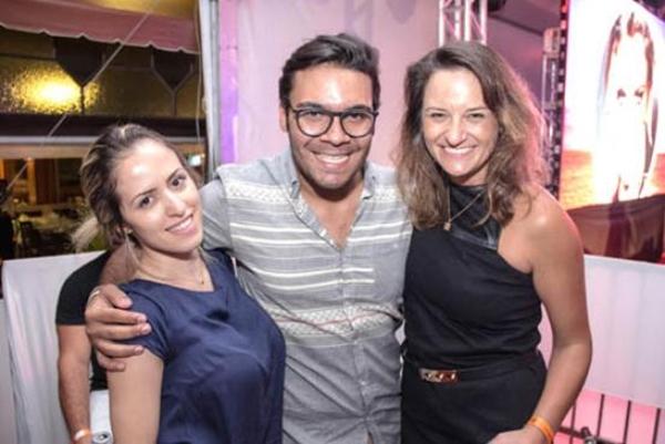 Cintia Ximenes, Paulo Fernando e Júlia Faquini  ( Rômulo Juracy/Divulgação)